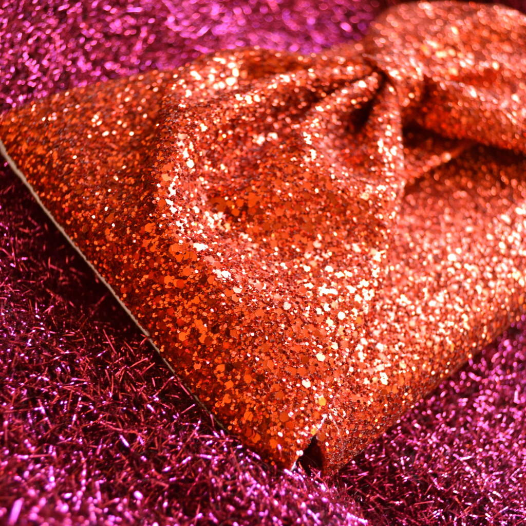 how to build habits ~ one sparkly step at a time ~ alexandra king clutch