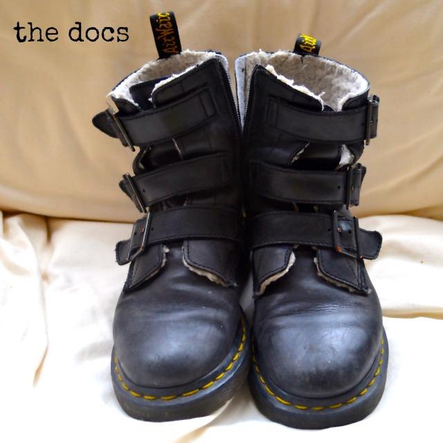 Minimalist Wardrobe Shoes my Minimalist Wardrobe Meet
