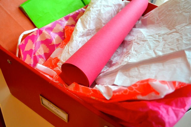 Wrap Gifts Like a Minimalist