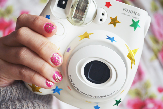 i decorate my instax camera with stickers