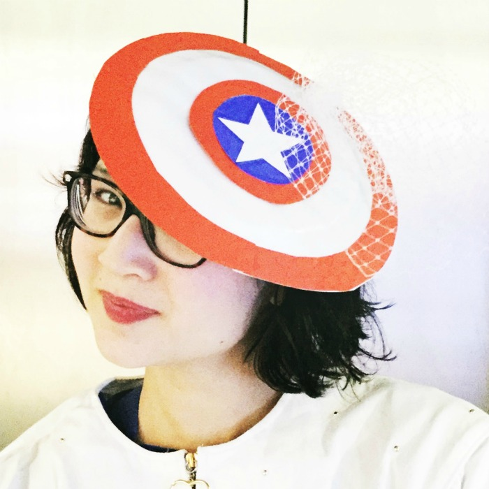 #TeamCap Cap: Captain America-inspired DIY